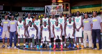 12players-2015-basket