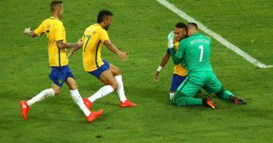 Le Brésil entre dans l'histoire au Maracanã