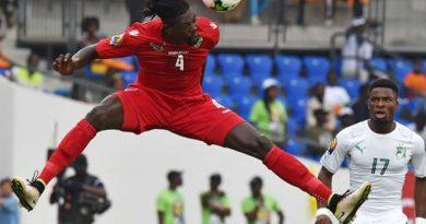 Adebayor aurait refusé l'OL pour jouer la CAN avec le Togo