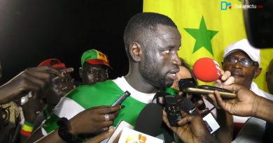 Cheikhou Kouyaté contre les lions indomptables le caméroun est favori