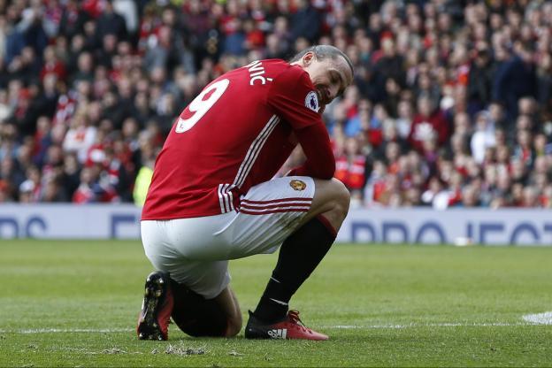 Ibrahimovic a manqué un penalty contre Bournemouth