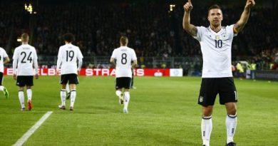 Lukas Podolski marque le but de la victoire contre l'Angleterre