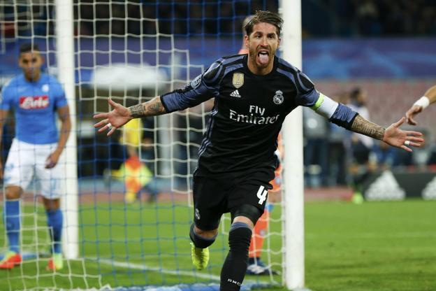 Sergio Ramos a signé un doublé à Naples pour le Real