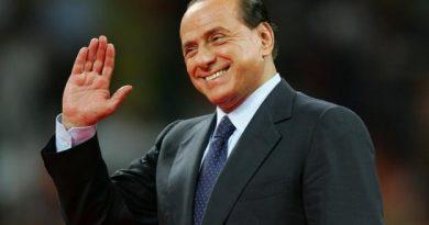 Silvio Berlusconi est toujours le propriétaire de l'AC Milan