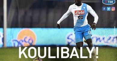 Naples 1-0 Fiorentina , But de Kalidou Koulibaly