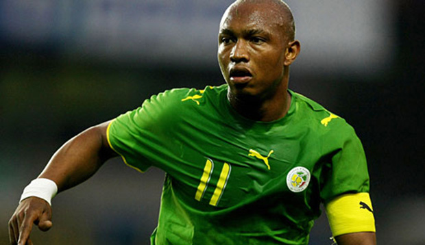 LONDON - AUGUST 21:  El Hadji Diouf of Senegal in action during the international friendly match between Ghana and Senegal at The New Den on August 21, 2007 in London, England.  (Photo by Richard Heathcote/Getty Images)