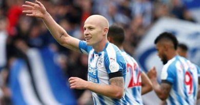 Huddersfield gagne le choc des promus contre Newcastle