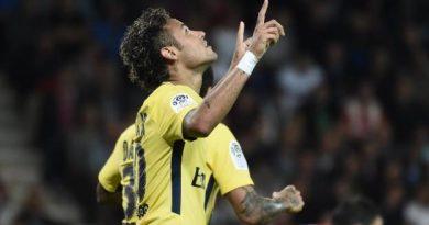 Neymar a inscrit son premier but pour le PSG