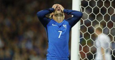 Antoine Griezmann a touché la transversale