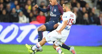 Jérémy Morel a maqué le deuxième but contre son camp