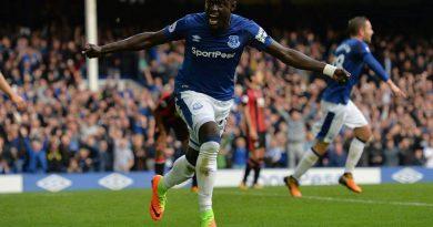 Premier League - Doublé de Baye Oumar