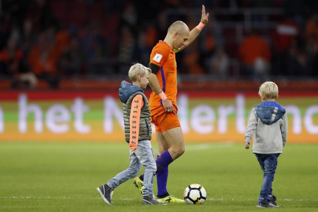 Arjen Robben met un terme à sa carrière internationale