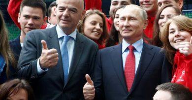 Vladimir Poutine et Gianni Infantino