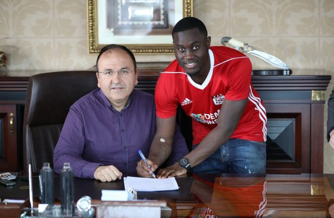 Henri Saivet prêté à Sivasspor