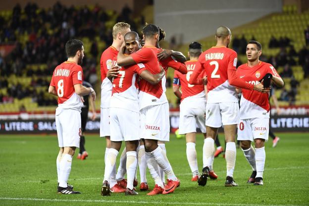 Monaco remonte provisoirement sur le podium
