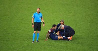 Alves s'est blessé au Stade de France