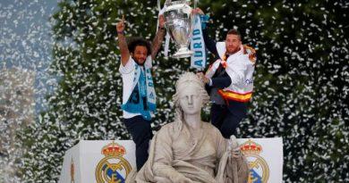 Le Real célèbre sa victoire en Ligue des champions dans les rues de Madrid