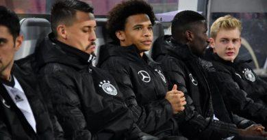 Leroy Sané souhaite bonne chance à l'Allemagne