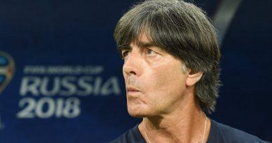 Joachim Löw reste à la tête de l'Allemagne malgré l'élimination de la Coupe du monde