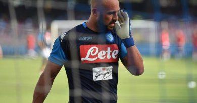 Pepe Reina sous les couleurs du Napoli