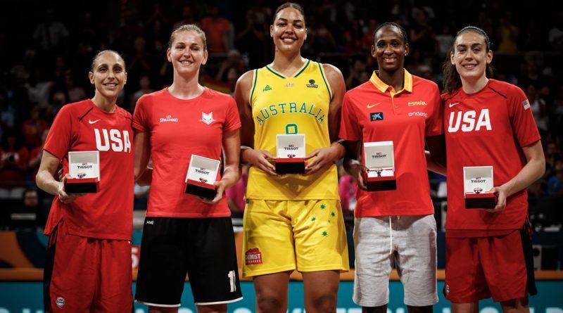 Astou Ndour dans le Cinq All-Stars