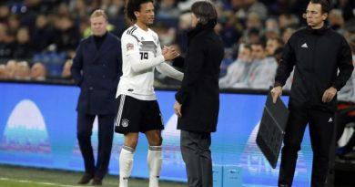 Löw félicite Sané pour son bon match