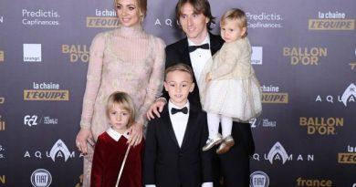 Luka Modric en famille avant la cérémonie officielle de remise du Ballon d'Or