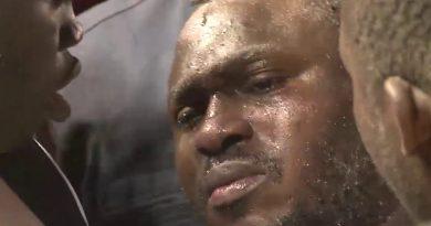 Les larmes de déception de Modou Lô après sa lourde défaite