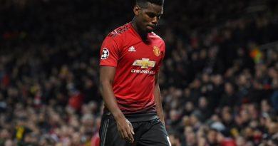 1er joueur de Manchester United à être exclu en phase à élimination directe