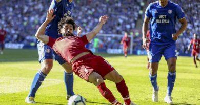 Salah a plongé selon Warnock