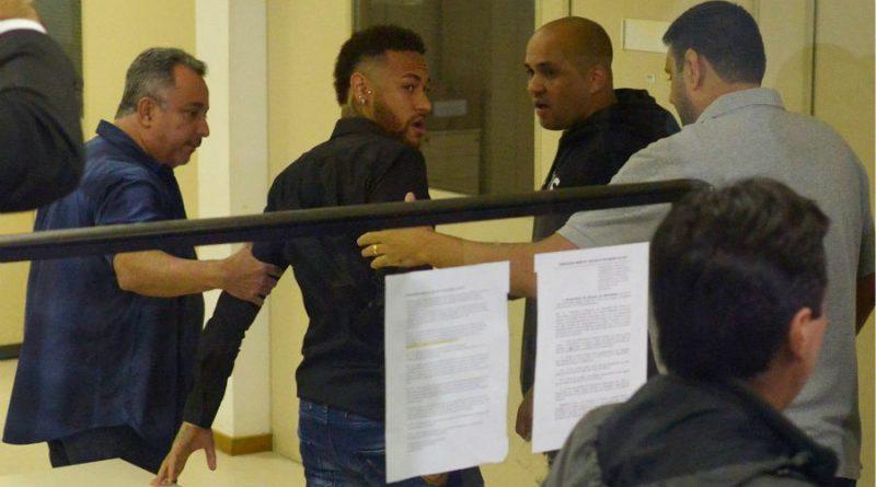 Neymar entendu par la police