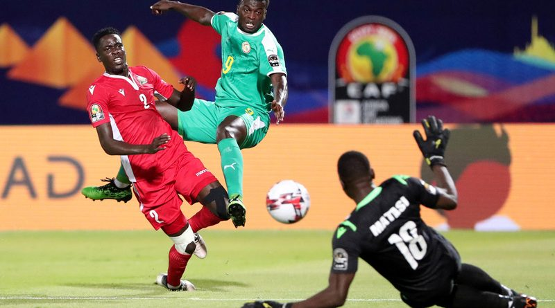 Mbaye Niang incertain pour les demi-finales