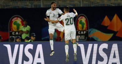 algerie bat guinée 3-0