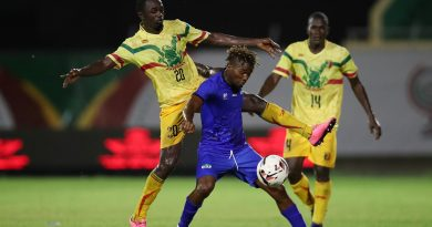 Fofanah Mahmoud of Sierra Leone challenged by Aly Badra Sylla of Mali during the 2019 WAFU Nations Cup match between Mali and Sierra Leone at the Stade Lat Dior, Thies on the 06 October 2019 ©Muzi Ntombela/BackpagePix