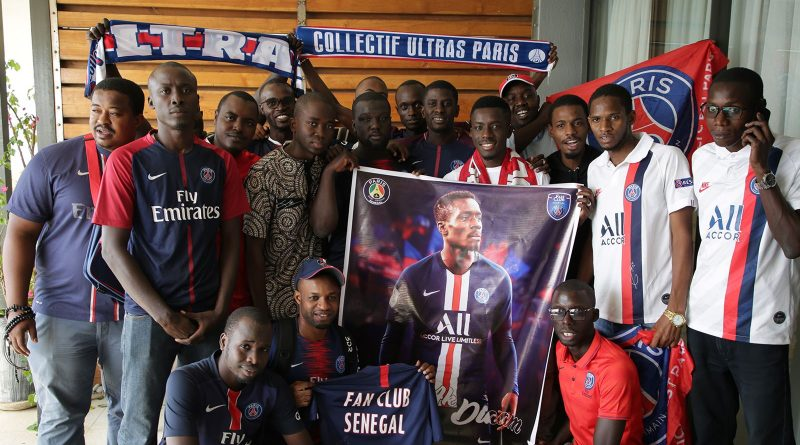 Idrissa Gueye à la rencontre du Fan Club Sénégal