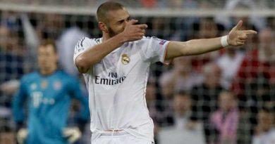 Karim Benzema recadre graet
