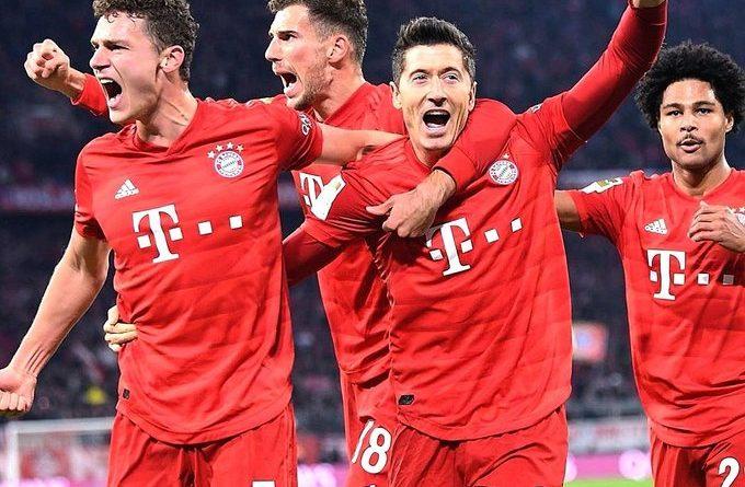 Lewandowski a martyrisé la défense du Borussia