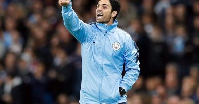 Manchester City assistant manager Mikel Arteta gestures on the touchline during the UEFA Champions League, Group F match at the Etihad Stadium, Manchester. PRESS ASSOCIATION Photo. Picture date: Wednesday September 19, 2018. See PA story SOCCER Man City. Photo credit should read: Martin Rickett/PA Wire