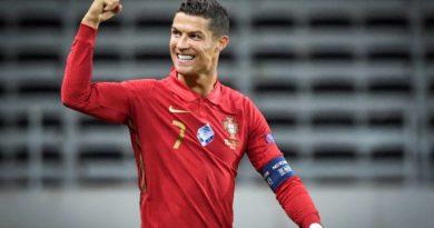 Un doublé de Cristiano Ronaldo a permis au Portugal de s'imposer en Suède